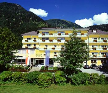 "../../holiday-hotels/?HolidayID=109&HotelID=141&HolidayName=Austria-Gasteinertal+%2D+Natural+Treasures+-&HotelName=Hotel+Astoria+"">Hotel Astoria"