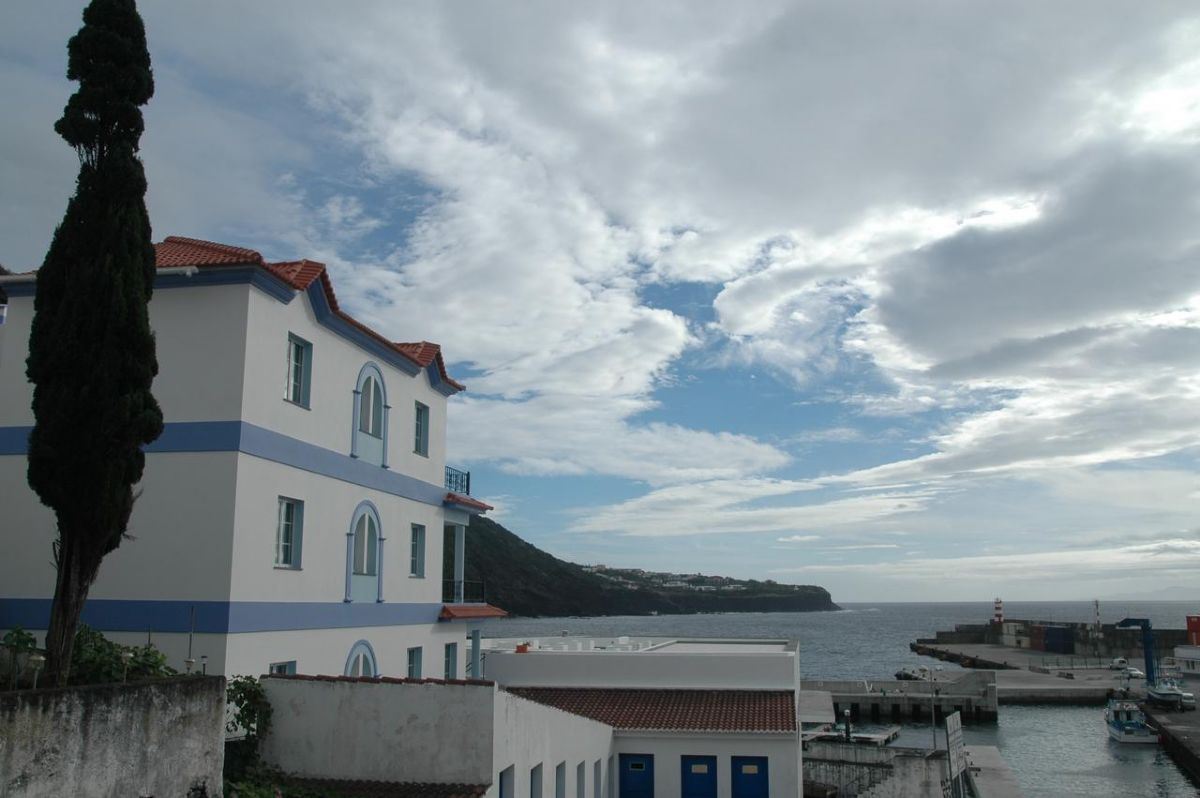 "../../holiday-hotels/?HolidayID=183&HotelID=232&HolidayName=Portugal+%2D+Azores+-Azores+%2D+Eastern+%26+Central+Islands-&HotelName=Hotel+Casa+do+Antonio%2C+S%C3%A3o+Jorge+"">Hotel Casa do Antonio, São Jorge"