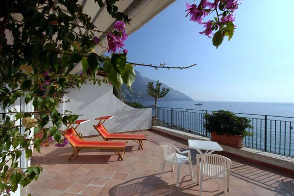 "../../holiday-hotels/?HolidayID=138&HotelID=173&HolidayName=Italy-Amalfi+Coast+%2D+Gems+of+the+Divine+Coast+-&HotelName=Hotel+Pupetto+3%2A%2C+Positano"">Hotel Pupetto 3*, Positano"